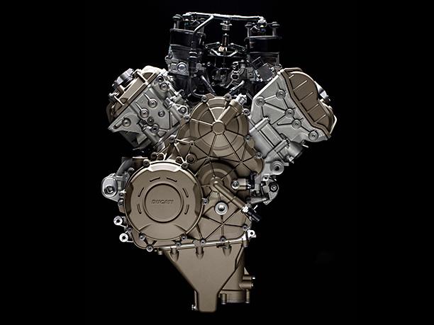 Ducati Desmosedici Stradale V4 engine