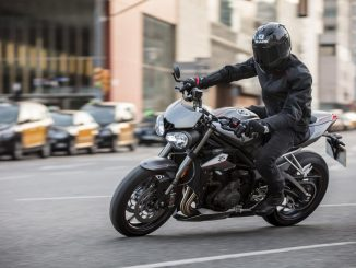 Triumph Street Triple RS Ride to work week FCAI initiative