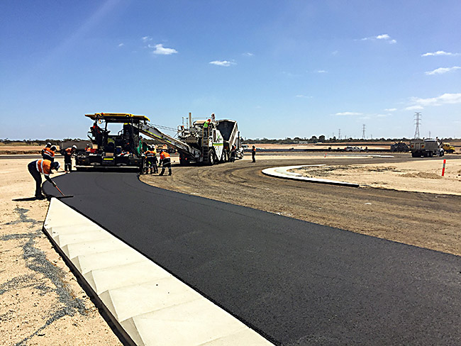 the bend motorsport park asphalt being laid