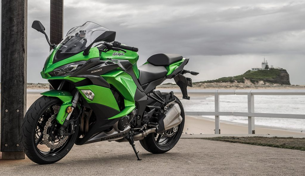 Kawasaki Ninja 1000 2017 left three quarter static nobbys beach newcastle