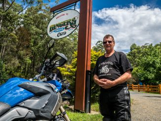 Ken Healey Gingers Creek Tavern Save the oxley campaign