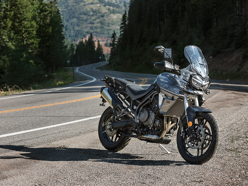 2018 Triumph tiger 800 unveiled XRT static front three quarter forest